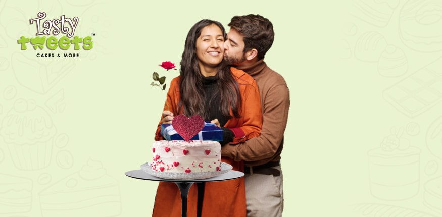 Order Kiss Day Cakes Online and Make It Special