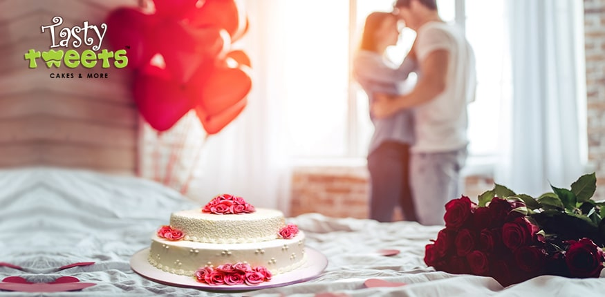 Add Rose Day Cakes to Your List of Gifts This Valentine Season